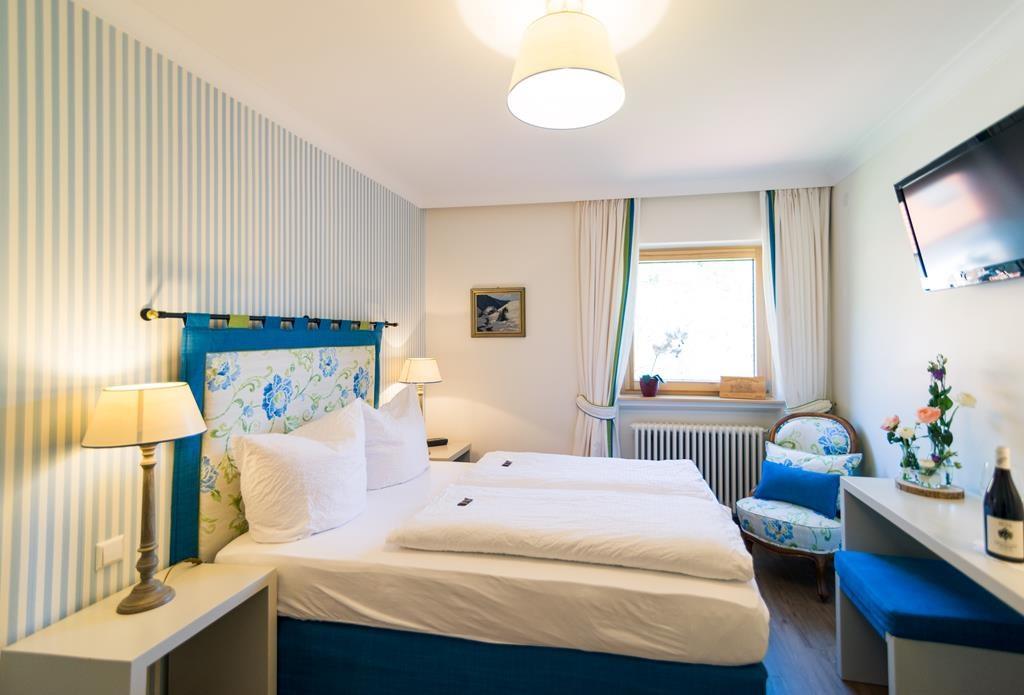 Goldener Adler Classic Zimmer A Zimmerblick